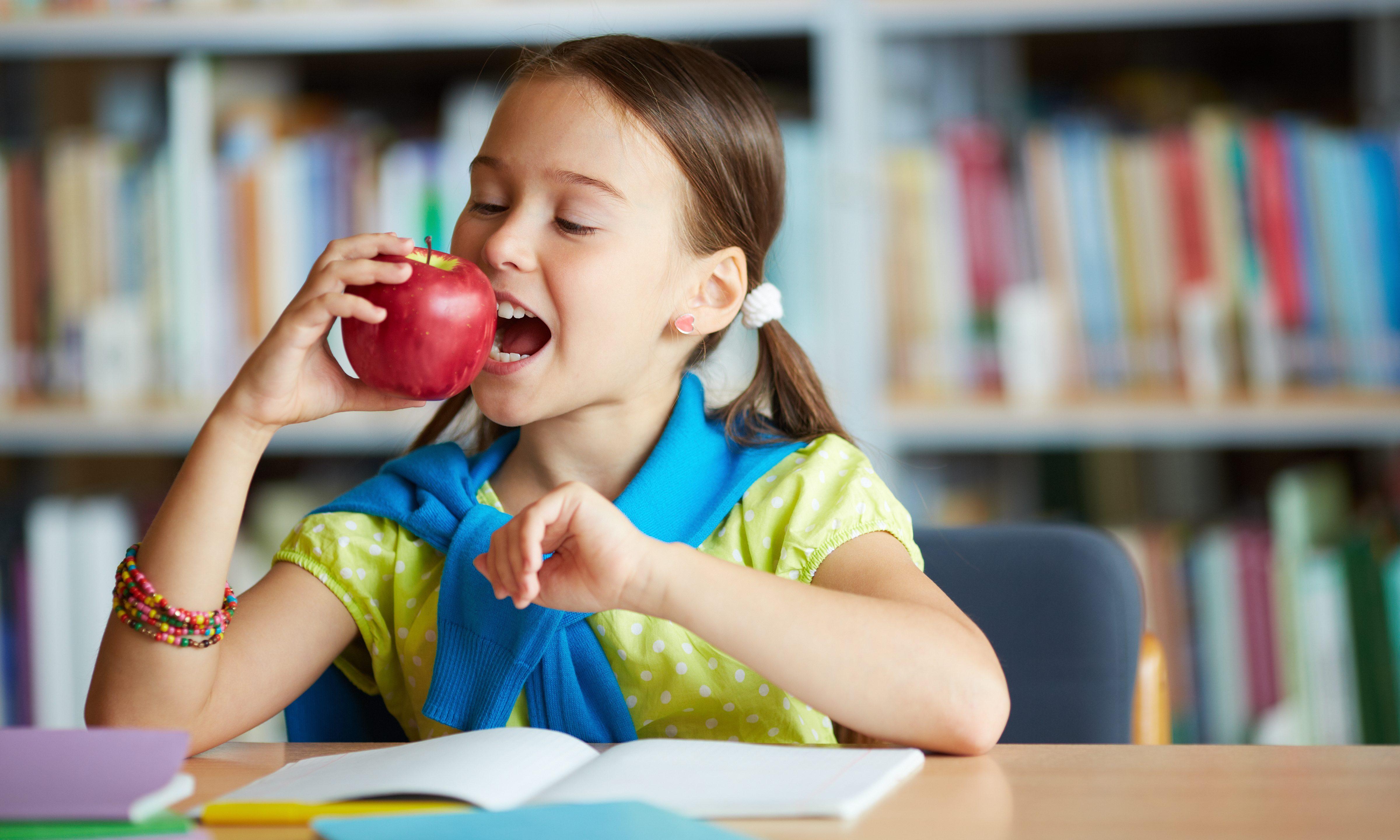 Governo vai distribuir produtos biológicos nas escolas