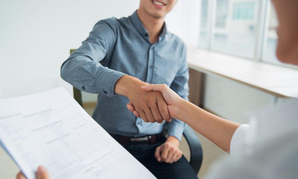 Como impressionar um entrevistador, segundo a chefe de recrutamento do Facebook
